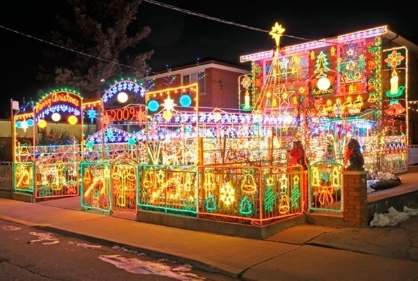 crazy-christmas-decorations-bells