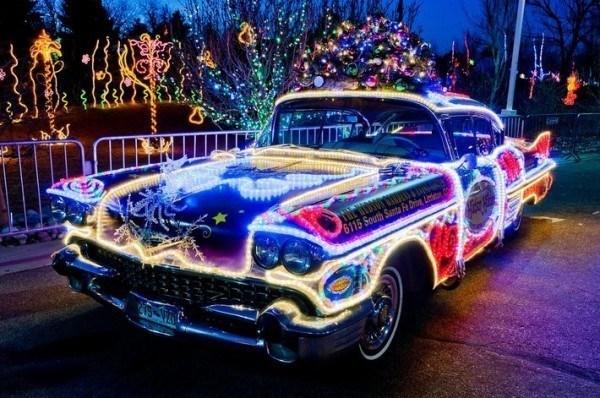 crazy-christmas-decorations-car