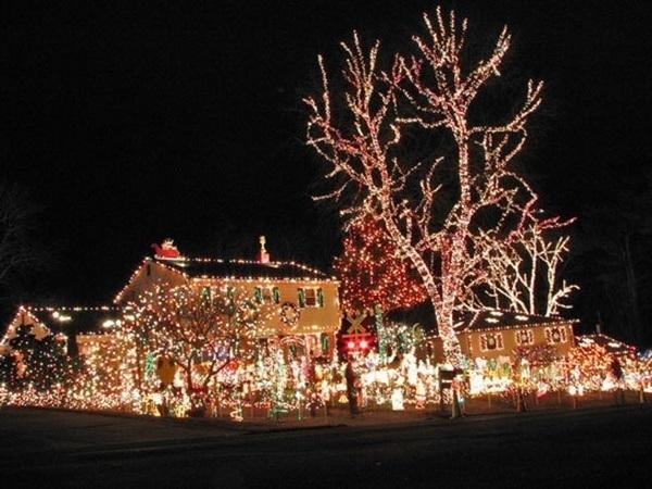 crazy-christmas-decorations-santa
