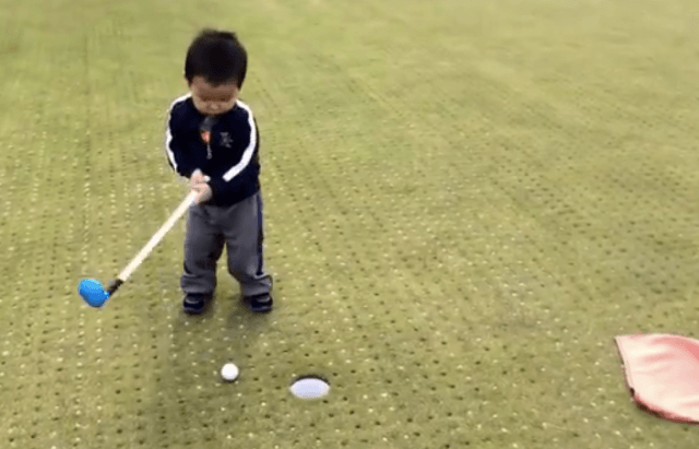 toddler-misses-tap-in-putt