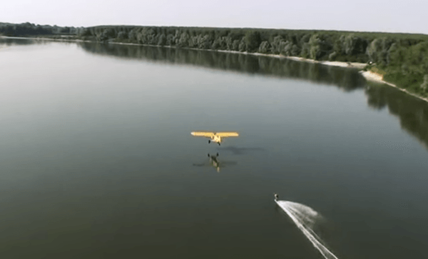 wakeboarding-behind-plane-italy