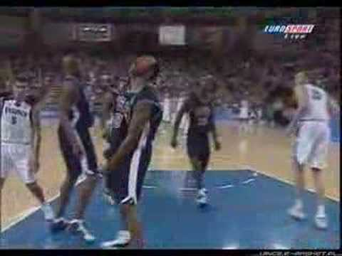 The Greatest Slam Dunks In The History Of Basketball