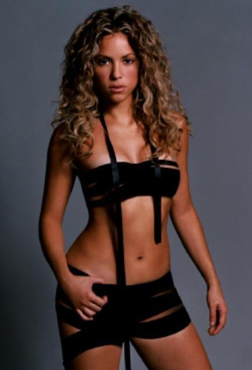 Shakira Pics