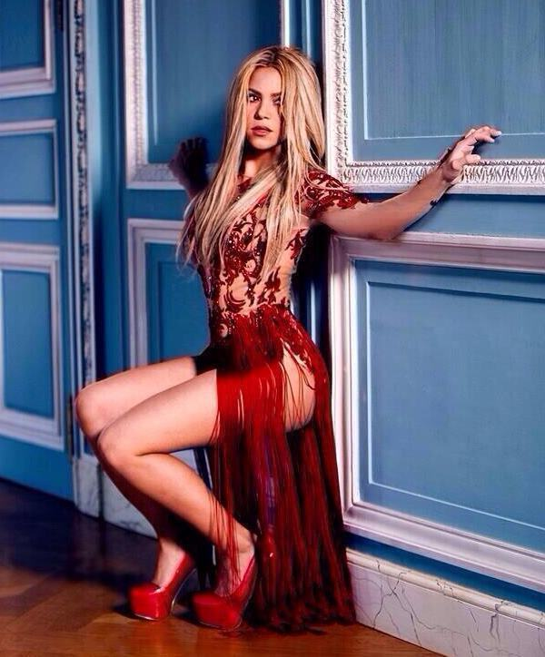 Shakira Sexy Pictures