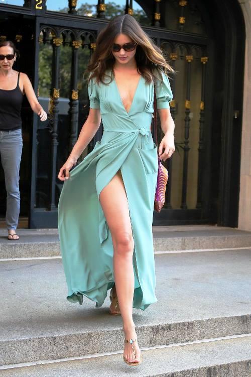 Miranda Kerr Pictures Legs