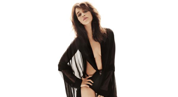 Sexy Emilia Clarke
