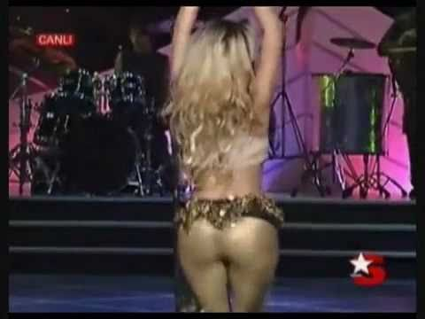 39 Of The Hottest Shakira Pictures Ever
