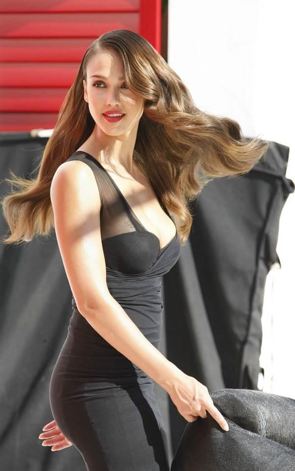 Gorgeous Pictures Of Jessica Alba