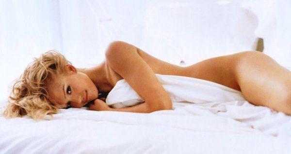 Jessica Alba Naked In Bed
