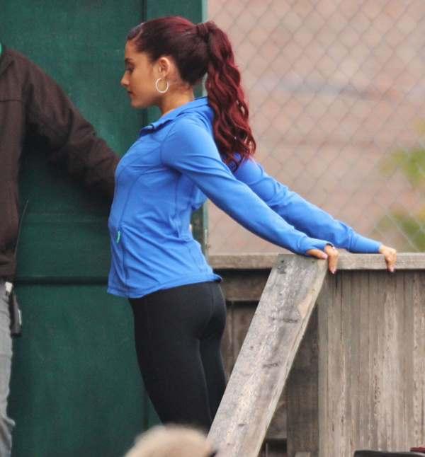 Ariana Grande Yoga Pants