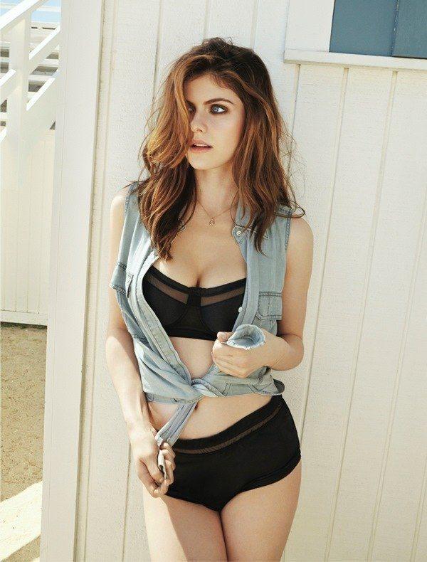 Hot Alexandra Daddario