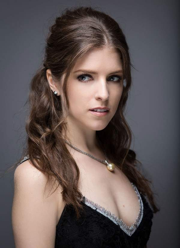 Sexy Photos Of Anna Kendrick