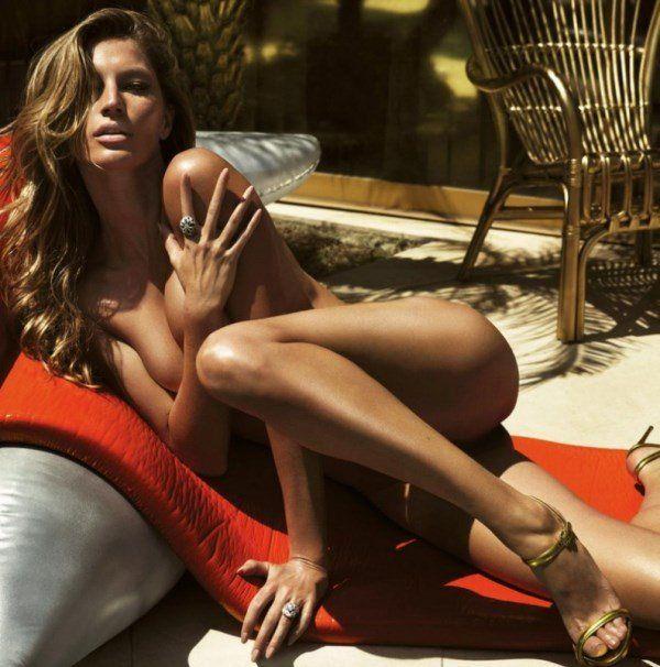 Gisele Bündchen Laying Naked