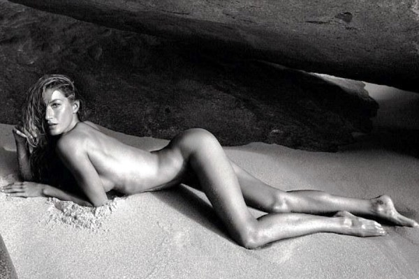 Gisele Bündchen Nude On The Beach