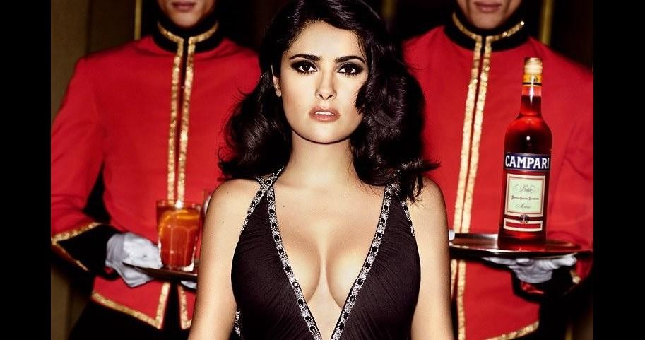 Salma Hayek Amazingly Sexy